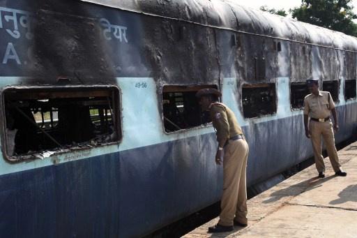 26 قتيلا بحريق قطار جنوب الهند