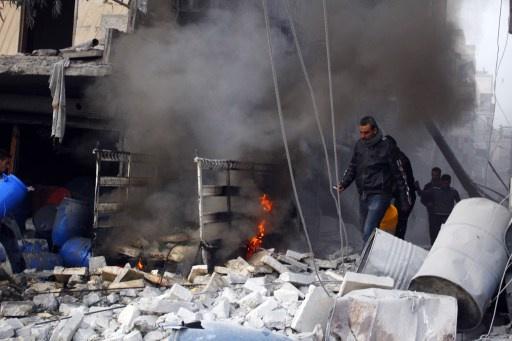 المعارضة تتهم النظام السوري بقصف حلب بالبراميل المتفجّرة والجيش يعلن قصفه للمسلحين