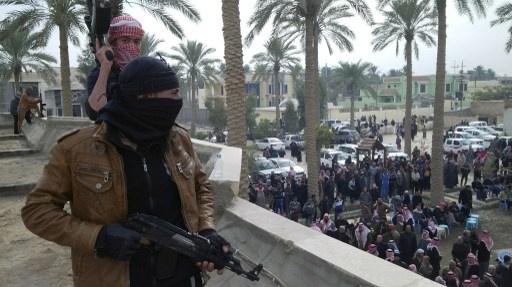 وزير الدفاع العراقي يشترط إزالة الاعتصامات في الرمادي مقابل اطلاق سراح العلواني