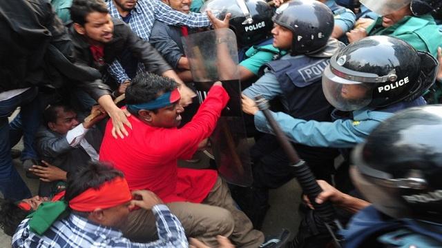 مقتل ناشط بنغلاديشي في مواجهات مع الشرطة بدكا