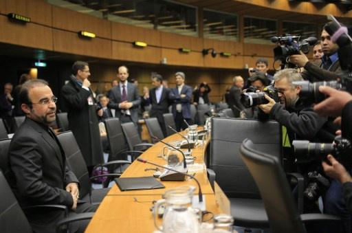 مباحثات ايران والسداسية على مستوى الخبراء تنتهي بتحديد آلية لتنفيذ اتفاق جنيف