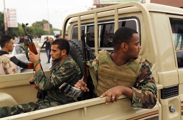 الخارجية الليبية: الإفراج عن لاعبي كرة السلة الأمريكي والكاميروني في بنغازي  671664