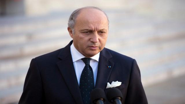 فرنسا تشترط موافقة إيران على تشكيل حكومة انتقالية لحضور