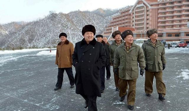 كيم جونغ أون يحذر من نشوب كارثة نووية في شبه الجزيرة الكورية