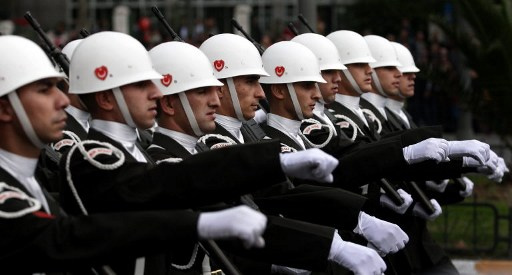 الجيش التركي يتقدم بشكوى ضد ادانة مئات من ضباطه بتهمة التامر على الحكومة