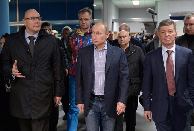 بوتين يتابع مشهدا لبروفة مراسم افتتاح الالعاب الاولمبية الشتوية ويزور المركز الصحفي الاولمبي