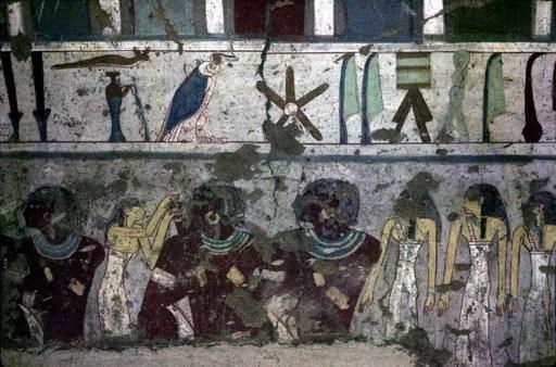 وزارة الآثار المصرية: ضبط 1524 قطعة أثرية بمنزل مواطن في الجيزة