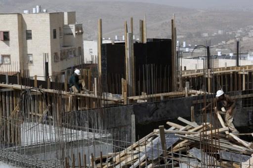 مزارعون فلسطينيون يحتجزون مستوطنين إسرائيليين فترة وجيزة
