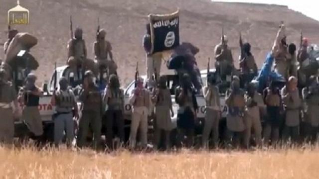 مقتل العشرات في معارك عنيفة بين فصائل من المعارضة المسلحة ومقاتلي