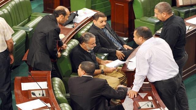 الحوار الوطني في تونس: حكومة مهدي جمعة قد تبقي على وزراء من حكومة العريض