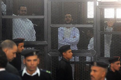 تأجيل أولى جلسات استئناف الحكم بحبس 3 نشطاء سياسيين مصريين