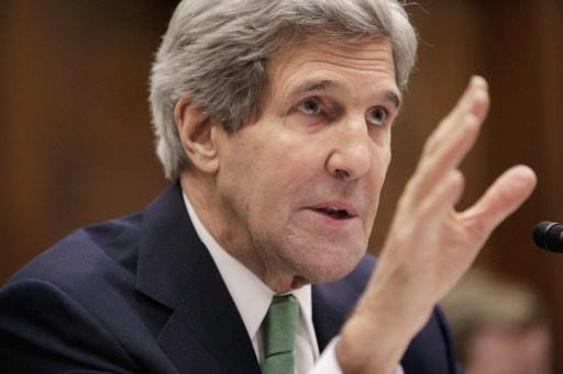 كيري: لا حل عسكريا للازمة السورية وأرجح حضور المعارضة جنيف ـ 2