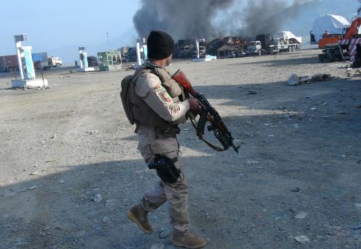 مقتل 3 جنود باكستانيين في اشتباكات مع مسلحي طالبان
