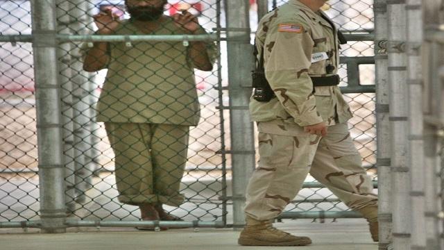 لجنة أمريكية تقرر إطلاق سراح معتقل يمني بغوانتانامو