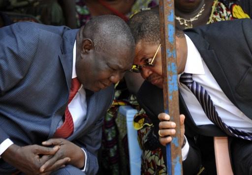 استقالة رئيس جمهورية أفريقيا الوسطى ميشيل جوتوديا ورئيس حكومته نيكولا تيانغاي