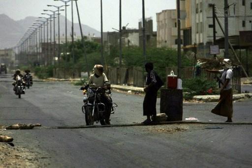 متشددون يطلقون سراح رهينتين من جنوب أفريقيا خطفا في اليمن