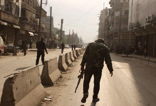 نشطاء: مقتل 700 شخص في المعارك الدائرة بين الجماعات المسلحة في سورية خلال 9 أيام