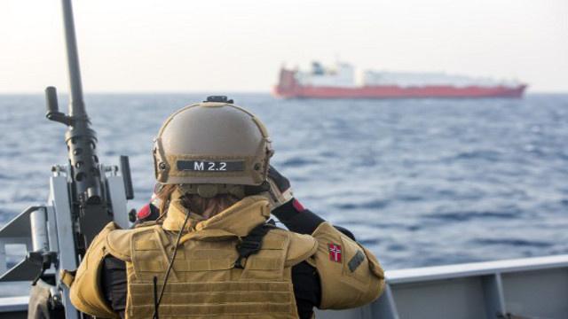 إيطاليا تتعهد بنقل الأسلحة الكيميائية السورية عبر أراضيها رغم المعارضة المحلية