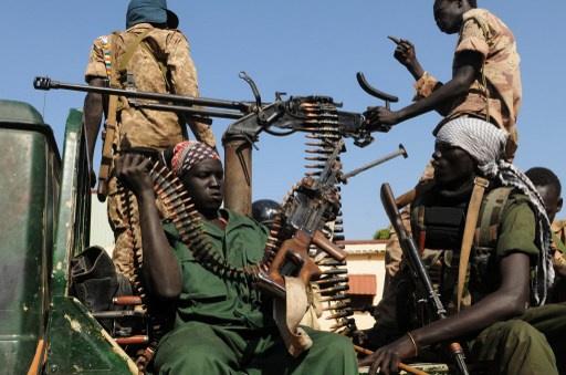 زعيم المتمردين بجنوب السودان يشترط اطلاق سراح المعتقلين لوقف النار