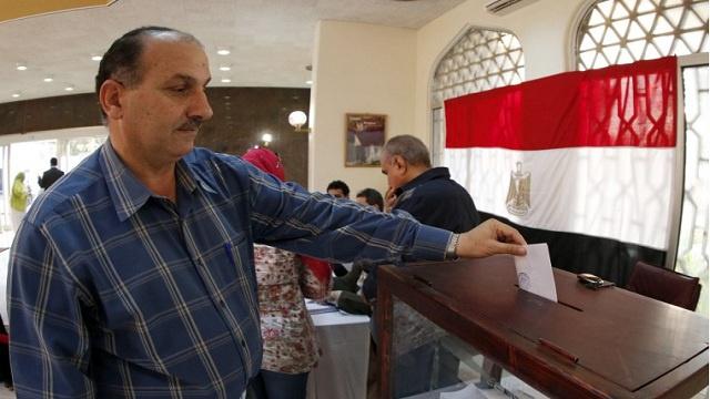 اللجنة العليا للانتخابات: التصويت على الدستور المصري يبدأ الثلاثاء 14 يناير/كانون الثاني