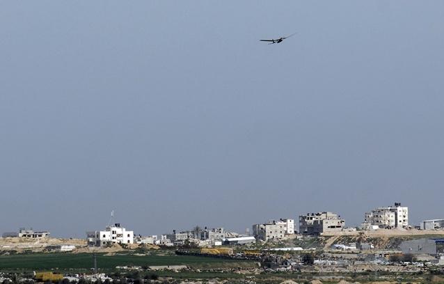 إطلاق صاروخين من غزة قبيل بدء مراسم تشييع أرييل شارون