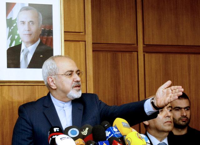 ظريف: مَن يحرص على الهدوء في سورية عليه إفساح المجال أمام السوريين ليقرروا مصيرهم