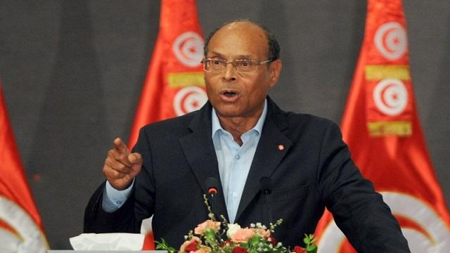 الرئيس التونسي: لن أسلم السلطة إلا لرئيس منتخب