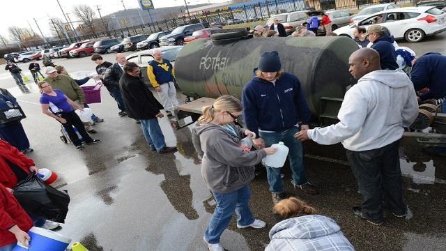 حرمان 300 ألف أمريكي من المياه بسبب تسرب كيماوي