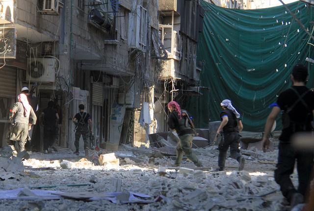 موسكو تدعو للضغط على المسلحين في سورية ليسمحوا بنقل المساعدات الانسانية الى مخيم اليرموك