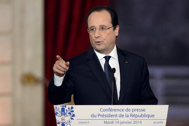 هولاند: كان بمقدور فرنسا أن تقوم لوحدها بعملية مستقلة ضد سورية في حال الضرورة