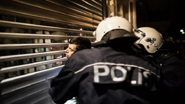 الشرطة التركية تداهم مقر منظمة انسانية للاشتباه بتهريبها الأسلحة الى سورية