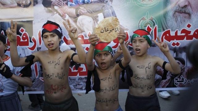 حماس تدعو مسلحي اليرموك للخروج منه