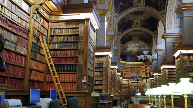 مياه الصرف الصحي تتلف أرشيف المكتبة الوطنية الفرنسية