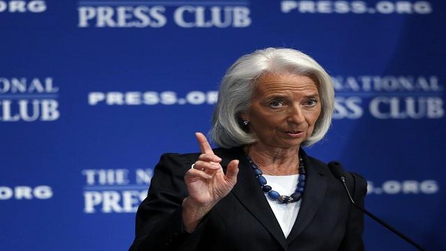 صندوق النقد: الاقتصاد العالمي تفادى الأسوأ لكن المخاطر لا تزال قائمة
