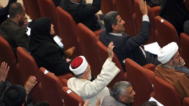 الاكراد ينسحبون من جلسة البرلمان العراقي احتجاجا على موازنة عام 2014