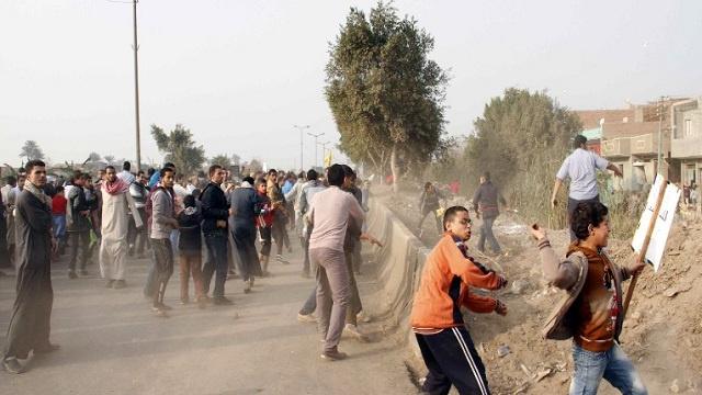 قتيلان في اشتباكات بين انصار الرئيس المعزول و قوات الامن المصرية