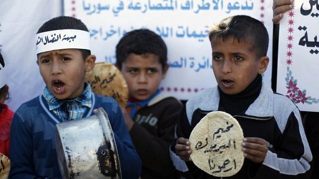 وزير العمل الفلسطيني: تمكنا من إدخال المساعدات للمحاصرين في مخيم اليرموك بسورية