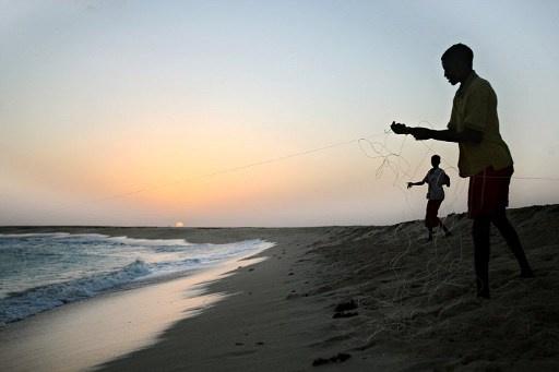 قراصنة يختطفون سفينة تجارية في مياه البحر الاحمر
