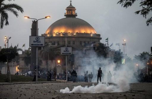 وزير الداخلية المصري يطالب