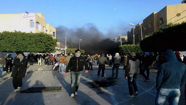 شاب تونسي يضرم النار بجسده داخل المحكمة