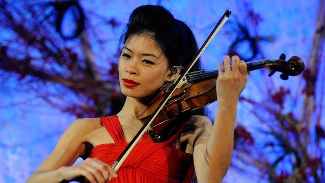 عازفة الكمان فانيسا ماي تشارك في أولمبياد سوتشي 2014