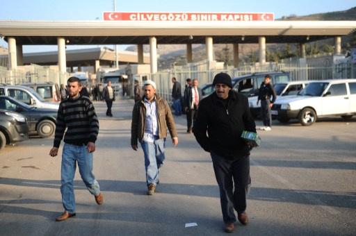 تركيا تغلق معبرا حدوديا مع سورية لدواع أمنية