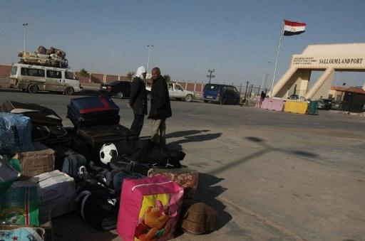 السلطات الليبية تغلق منفذ السلوم البري مع مصر