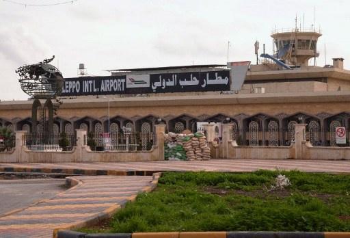 هبوط أول طائرة ركاب في مطار حلب الدولي بعد سيطرة الجيش على المناطق المحيطة به (فيديو)