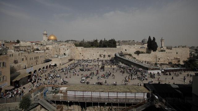 الاتحاد الأوروبي يحذر إسرائيل والفلسطينيين من تعثر مفاوضات السلام