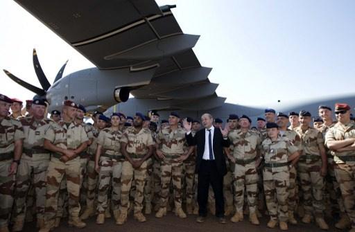 وزير الدفاع الفرنسي: سنبقي نحو ألف جندي في مالي لمكافحة الإرهاب