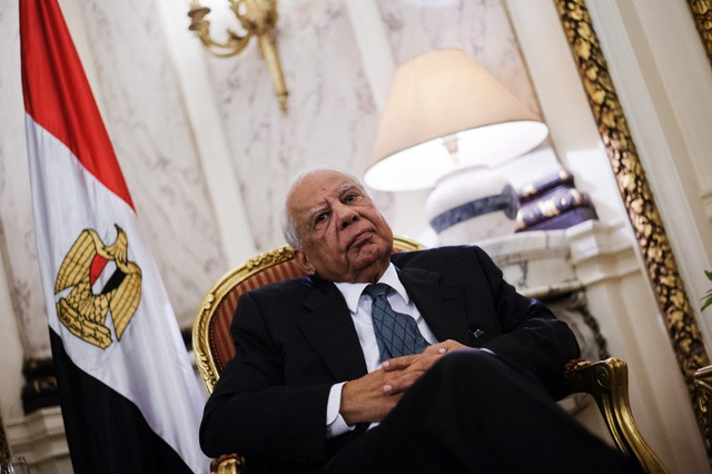 رئيس الوزراء المصري يؤيد ترشح السيسي للرئاسة