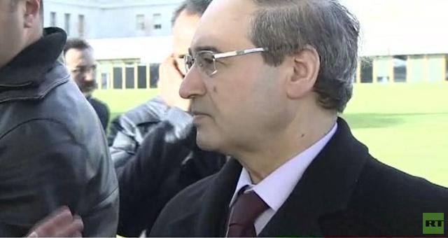 الإبراهيمي: سألتقي وفدي النظام والمعارضة في قاعة واحدة السبت