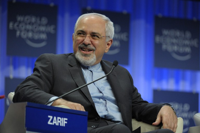 ظريف يدعو إلى خروج جميع الأطراف الخارجية من سورية