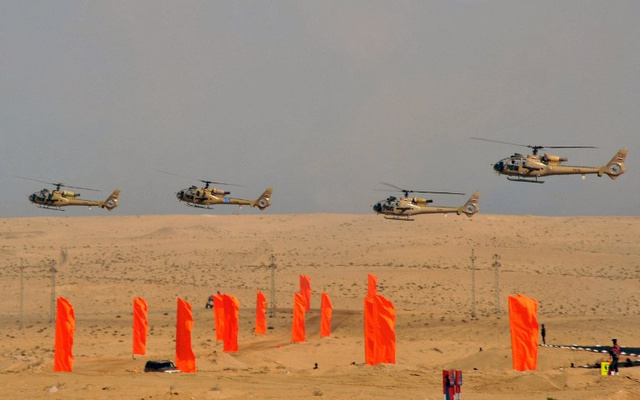 مقتل 5 جنود في تحطم مروحية عسكرية مصرية في شمال سيناء